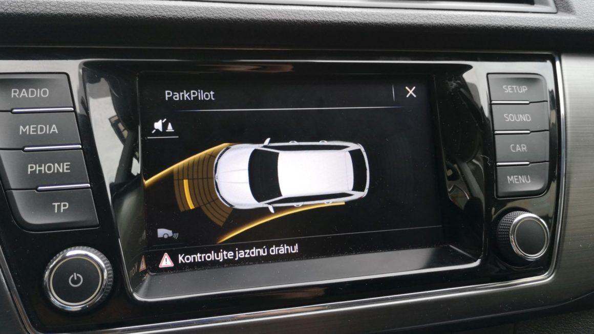 Predné parkovacie senzory